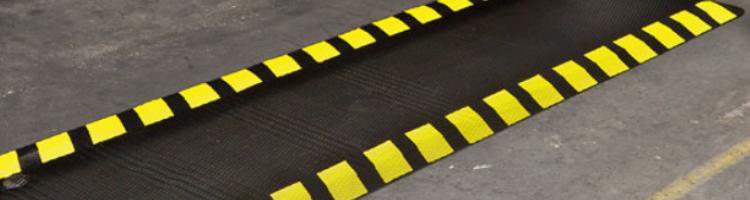 гумена подложка за производствени цехове гумена подложка с жъла кант гумена постелка антихлъзгаща каучукова подложка гумена стелка