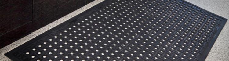 гумена изтривалка каучук цени изтривалки стелка цена изтривалка от гума с дупки изтривалка гумена 85х150 см.