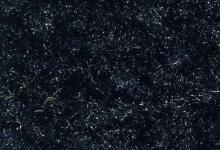 черна изтривалка с гумена основа черен килим с лого черна мокетена изтривалка полиамид