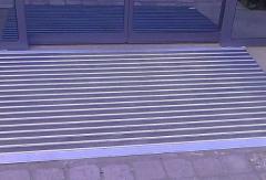 алуминиева изтривалка с вложки гума и рампи, изтривалка с алуминиеви профили и гума без вграждане в легло на пода